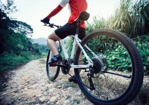 クロスバイク おすすめ 安い タイヤは細く