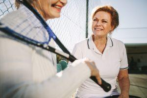 テニス ガット おすすめ シニア