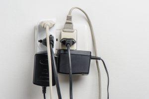スイッチングハブ おすすめ 電源タイプ