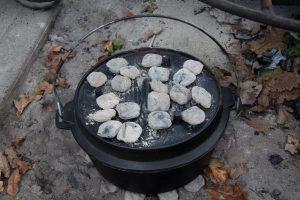 ダッチオーブン おすすめ 炭火