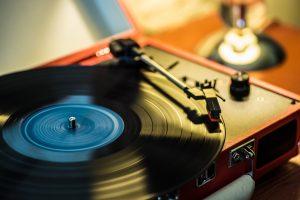 レコードプレーヤー おすすめ 魅力