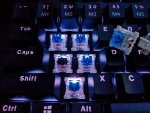 ゲーミングキーボード おすすめ 青軸
