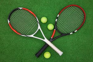 テニスラケット おすすめ メーカー
